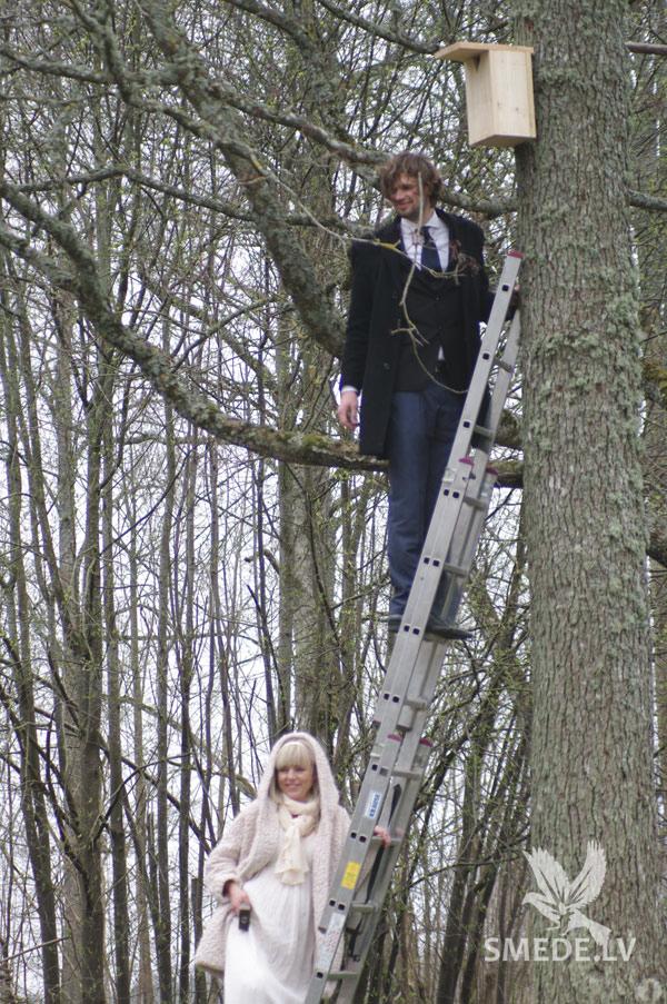 Ковка на свадьбе скворечник