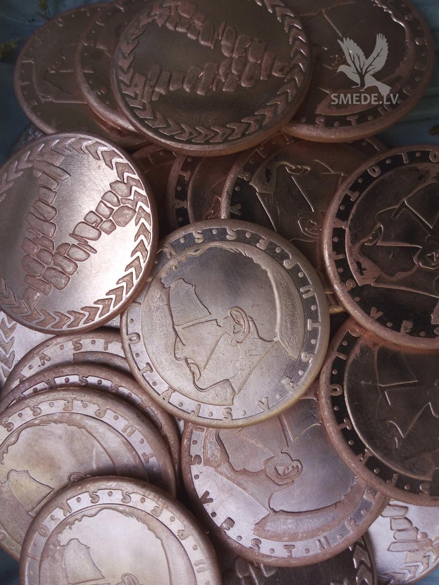 Кованые медные монеты