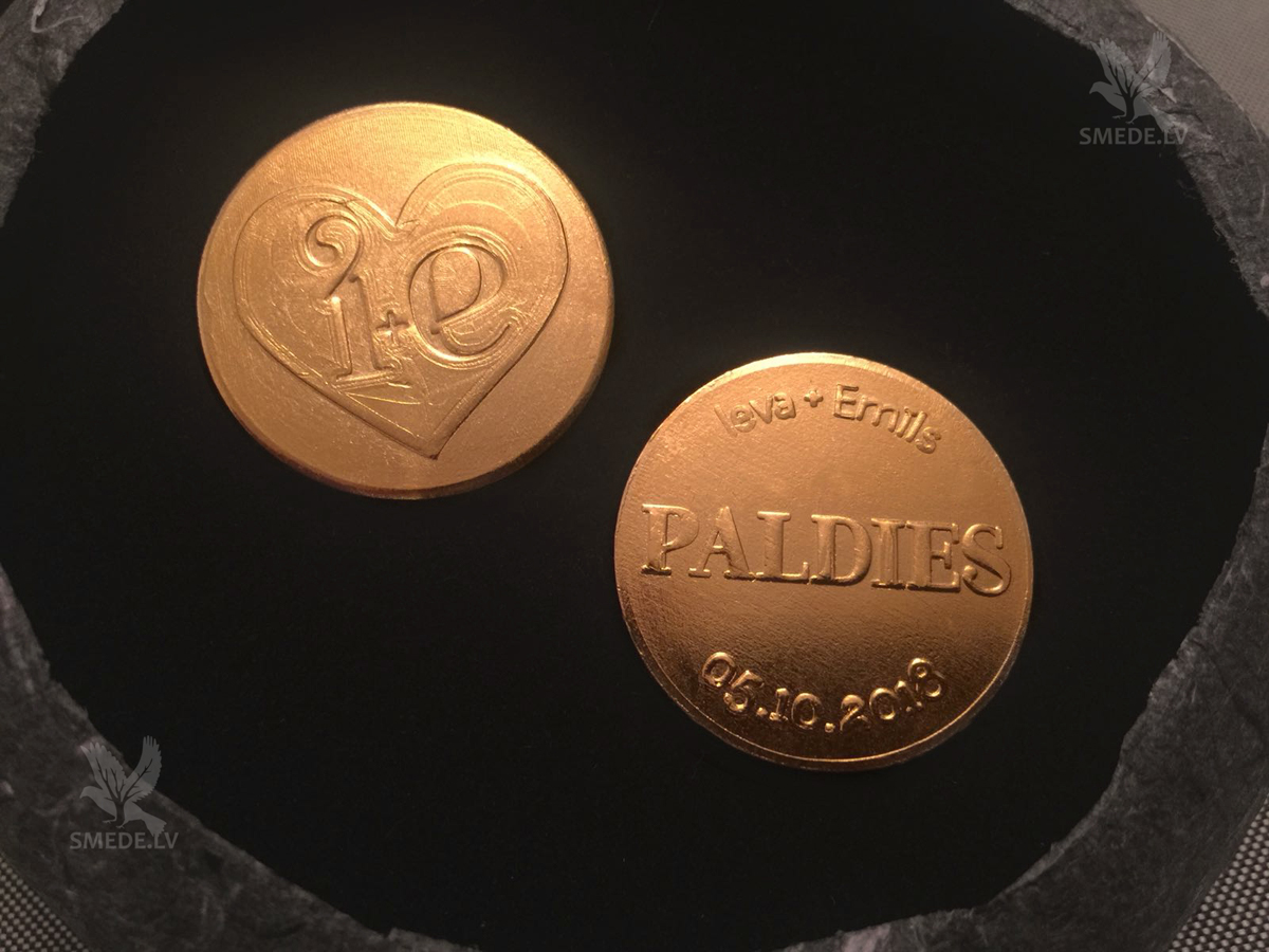 Позолоченные монеты для свадьбы